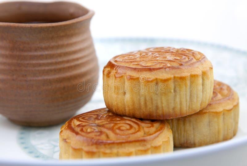Mooncake en thee, het Chinese voedsel van het de medio-herfstfestival stock afbeelding
