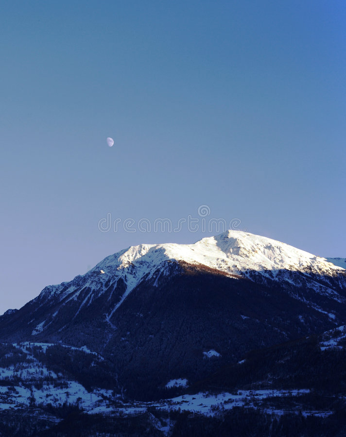 Free Moonlight And Mountain Stock Photo - 418170