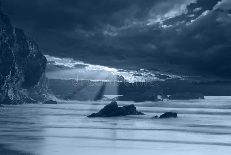 moonlit океан стоковое изображение