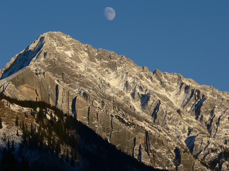 moonrise banff obrazy stock