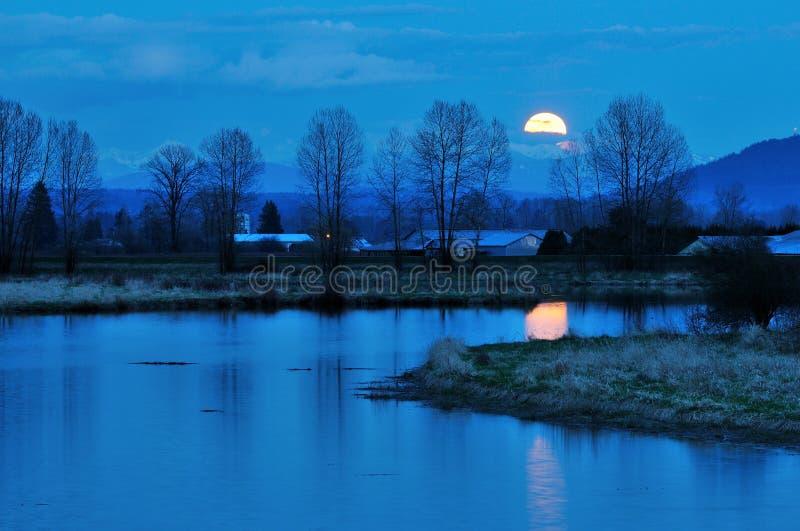 Moonrise do rio de Alouette fotos de stock