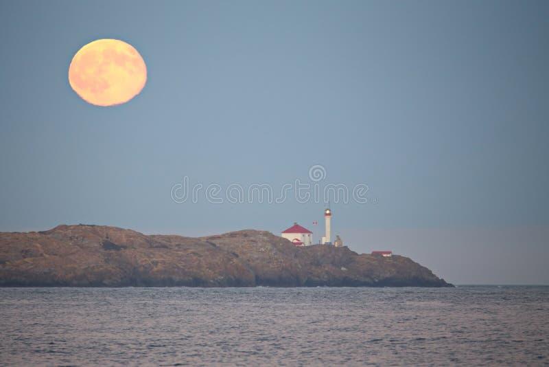 Moonrise nad Pacyficznym oceanem obraz royalty free