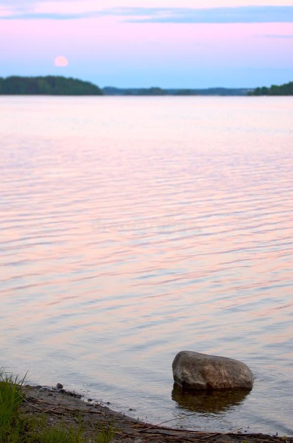 Moonrise no lago Seliger fotografia de stock