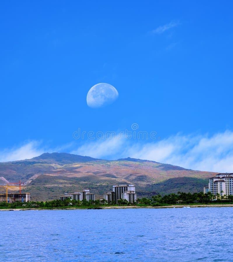 Moonrise Oahu Hawaii stockfotos