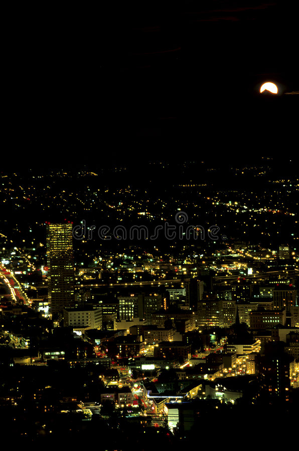 Moonrise- Portland, Oregon imagem de stock royalty free