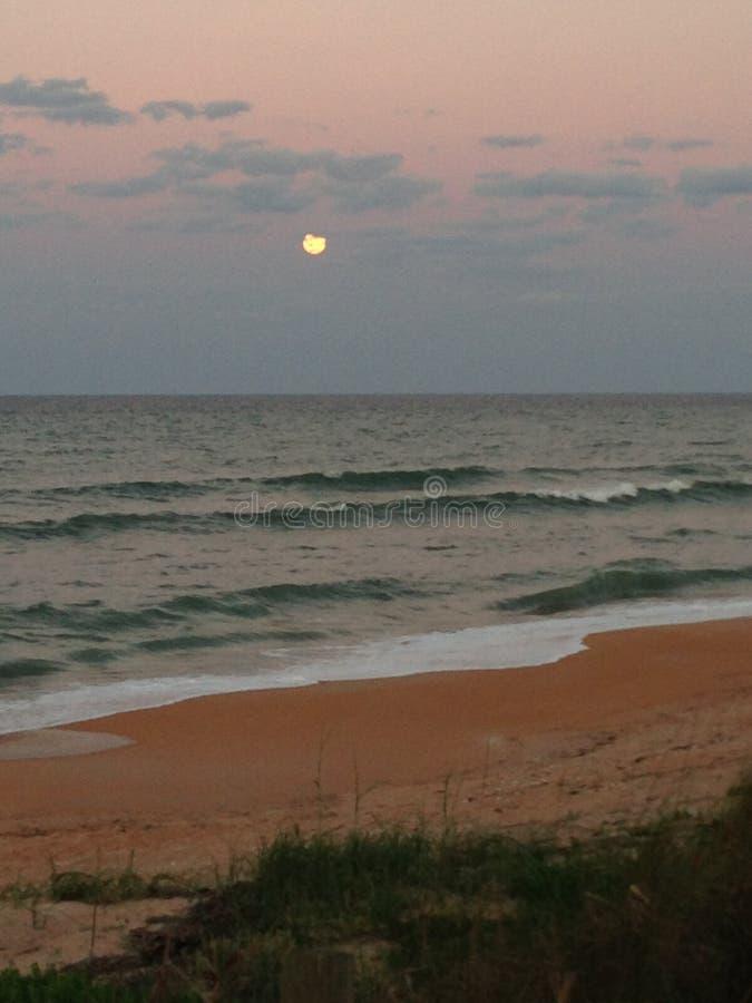 Moonrise przy Flagler plażą fotografia royalty free