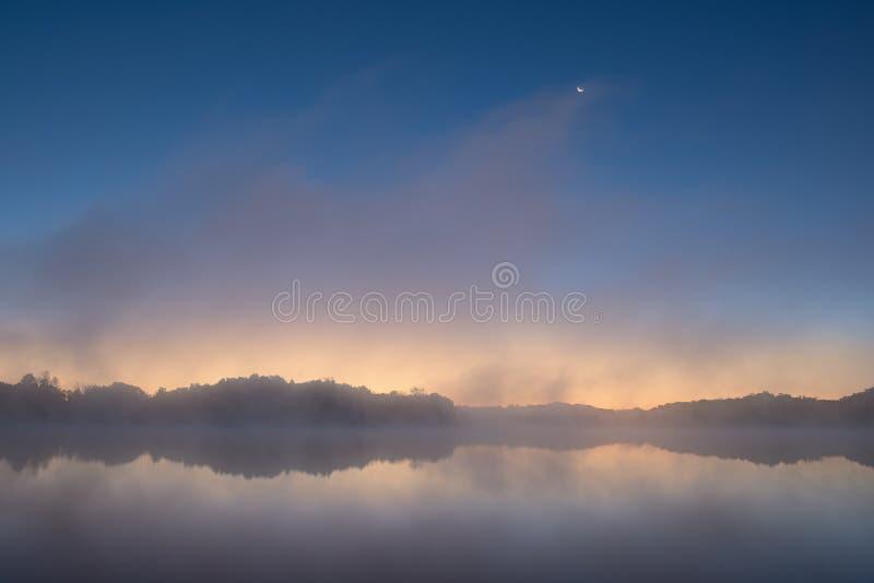 Moonrise Whitford jezioro obraz stock