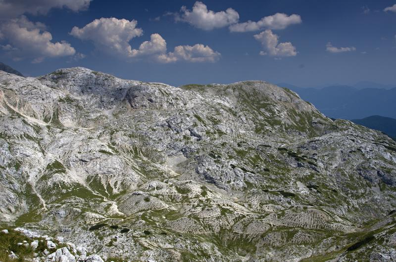Moonscape w górach Ja , Juliańscy Alps obrazy stock