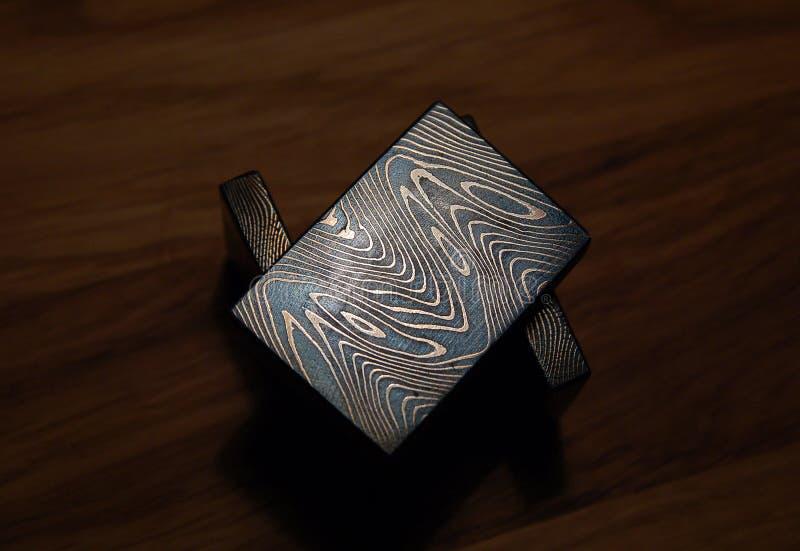 Moqueme do bolister do ferro, texturas geométricas do gane do moqueme do Grunge feitas de vários tipos de metal feitos a mão imagem de stock
