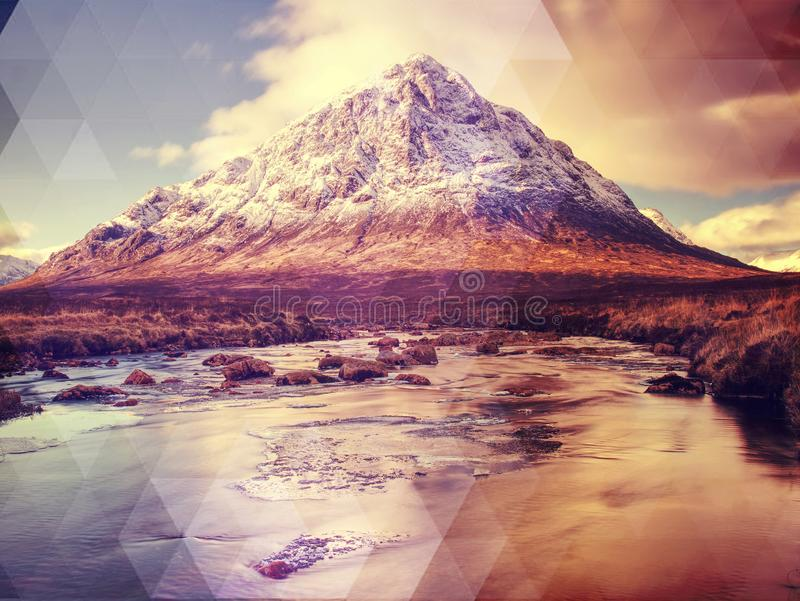 MOR de Buachaille Etive cerca de Glencoe en las montañas escocesas fotografía de archivo