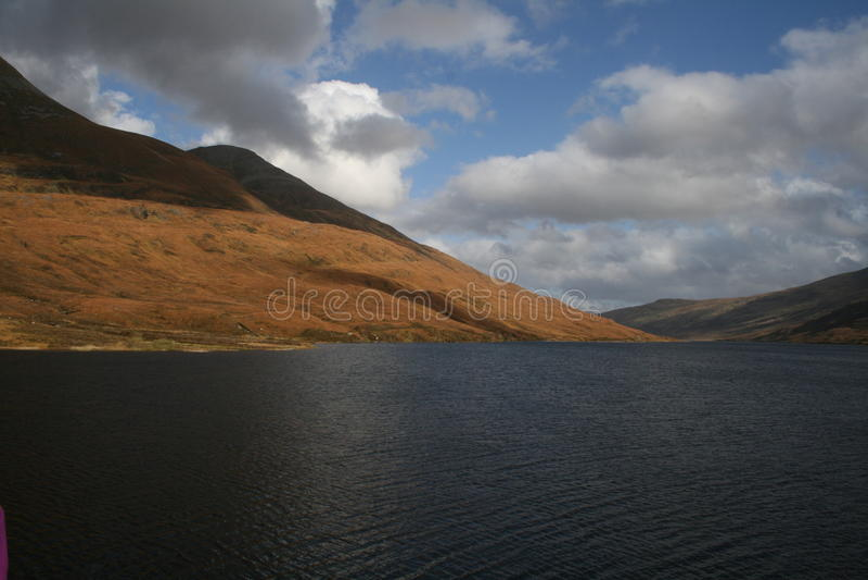 MOR de Eilde del lago, Kinlochleven, Escocia fotografía de archivo libre de regalías