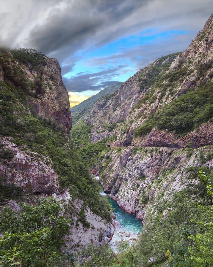 Moraca河峡谷 黑山 免版税库存照片