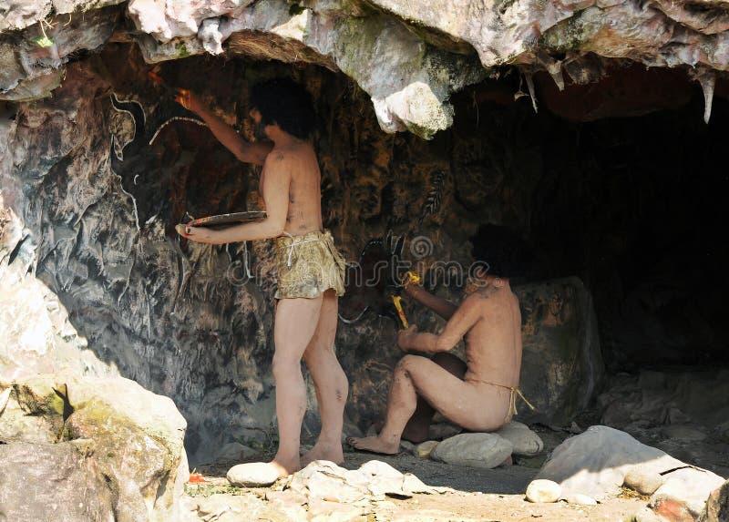 Moradores de caverna de homo sapiens imagens de stock royalty free