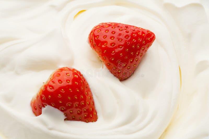 Morango no Yogurt fotos de stock royalty free