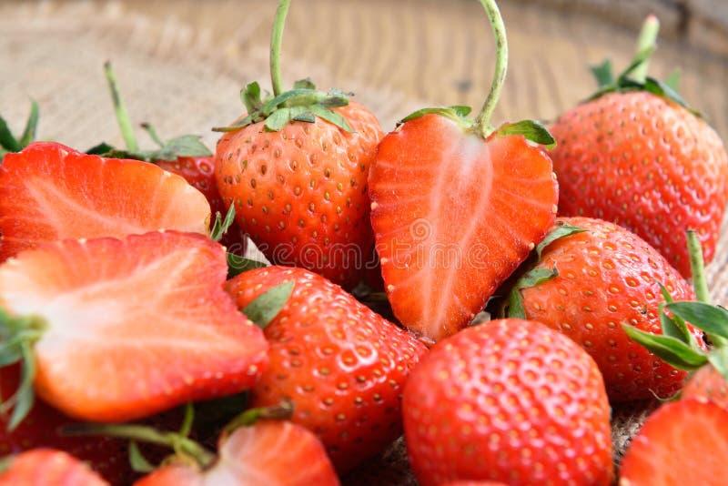 Download Morangos foto de stock. Imagem de strawberry, saudável - 65580484