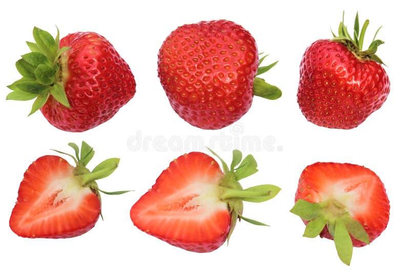 Morangos isoladas Coleção dos frutos inteiros e cortados da morango isolados no fundo branco com trajeto de grampeamento imagem de stock
