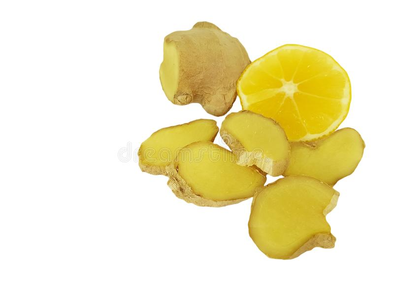 Morceau de gingembre avec le cédrat d'isolement par citron photo stock