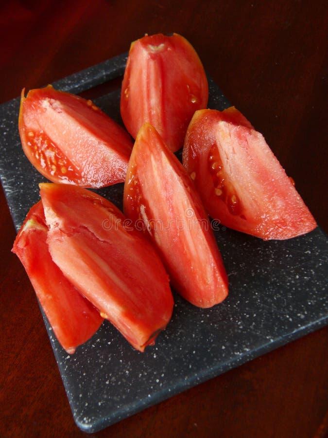 Download Morceaux Frais Rouges De Tomate Photo stock - Image du vivacité, nourriture: 56480658