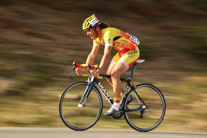 Morcov Stefan cyklista od Rumunia. Panning technika. zdjęcie royalty free