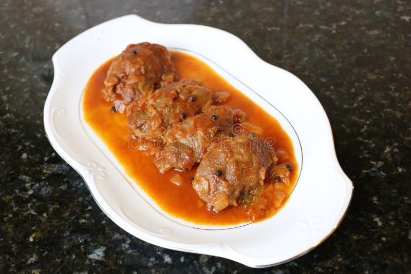 Mordente da carne de porco no prato do molho do alimento típico da culinária andaluza e espanhola fotografia de stock royalty free