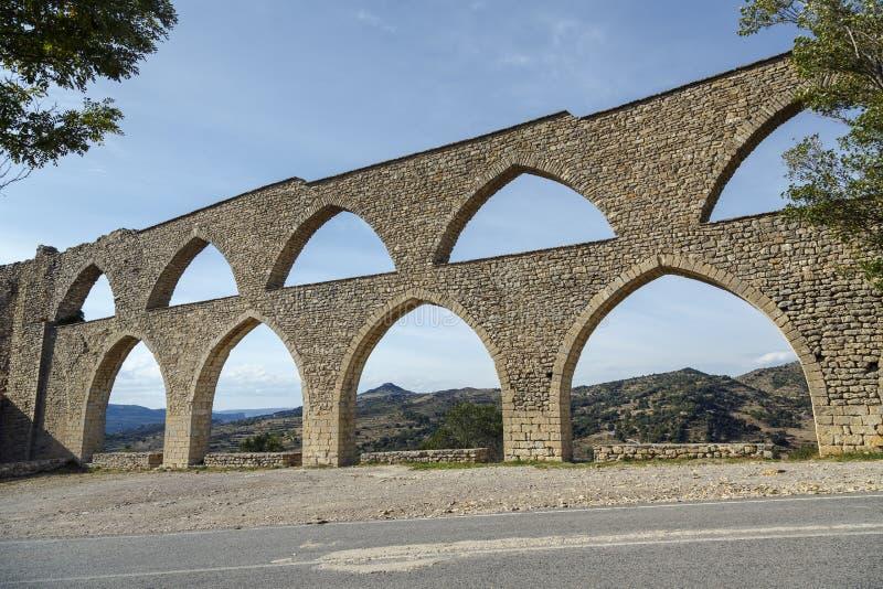 Morella aquaduct in Castellon Maestrazgo in Spanje stock fotografie