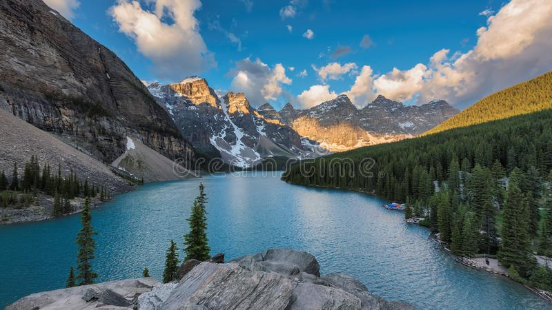 Morena jezioro w Banff parku narodowym Kanada obraz royalty free