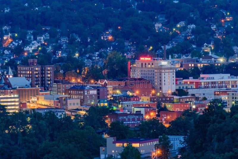Morgantown du centre et Virginia University occidentale photographie stock
