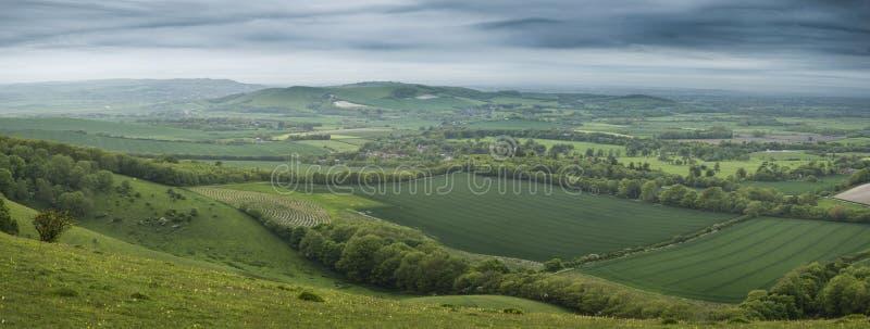 Morgen über dem Rollen der englischen Landschaftspanoramalandschaft in S stockfotos