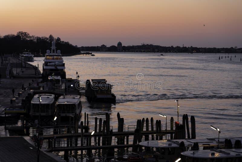 Morgen über Venedig, Italien, im März 2019 von der Hotelansicht stockbild