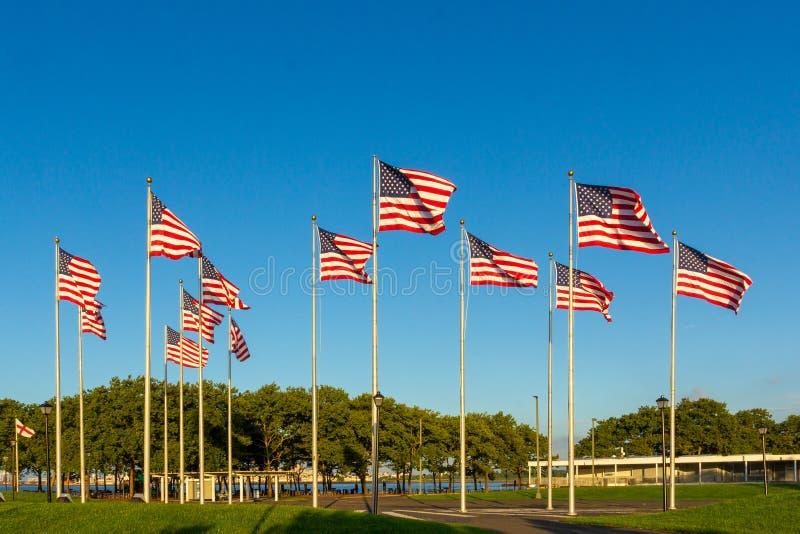 Morgen-Ansicht der Flaggen-Piazzas stockfotos