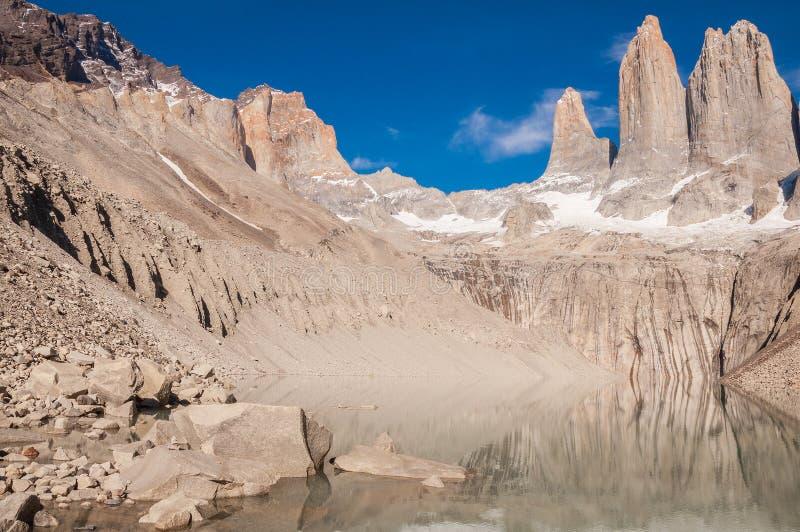 Morgenansicht von Torres-Bergen stockbilder