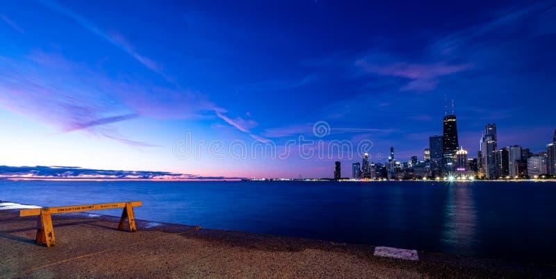 Morgens Sonnenaufgang über Chicago, Illinois lizenzfreie stockfotos