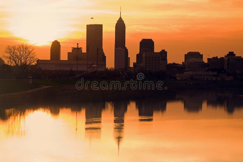 Morgenschattenbild von Indianapolis stockbilder