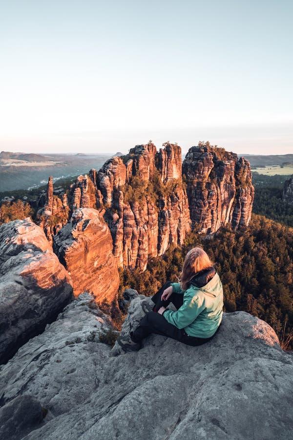 Morgenstimmung beim Schrammsteinaussicht stockfoto