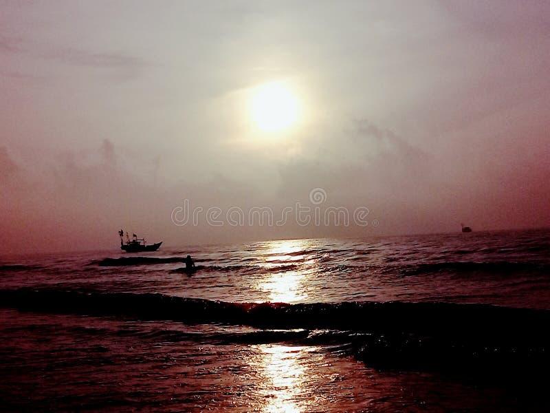 Morgon i havet royaltyfri foto