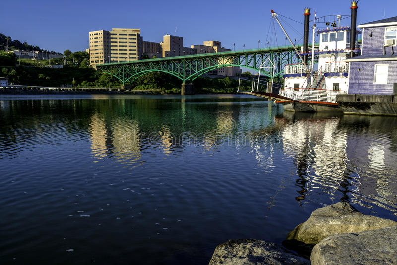 Morgon på Tennesseet River i Knoxville royaltyfri foto