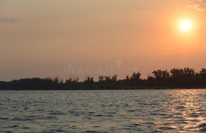 Morgon på Volga arkivfoto