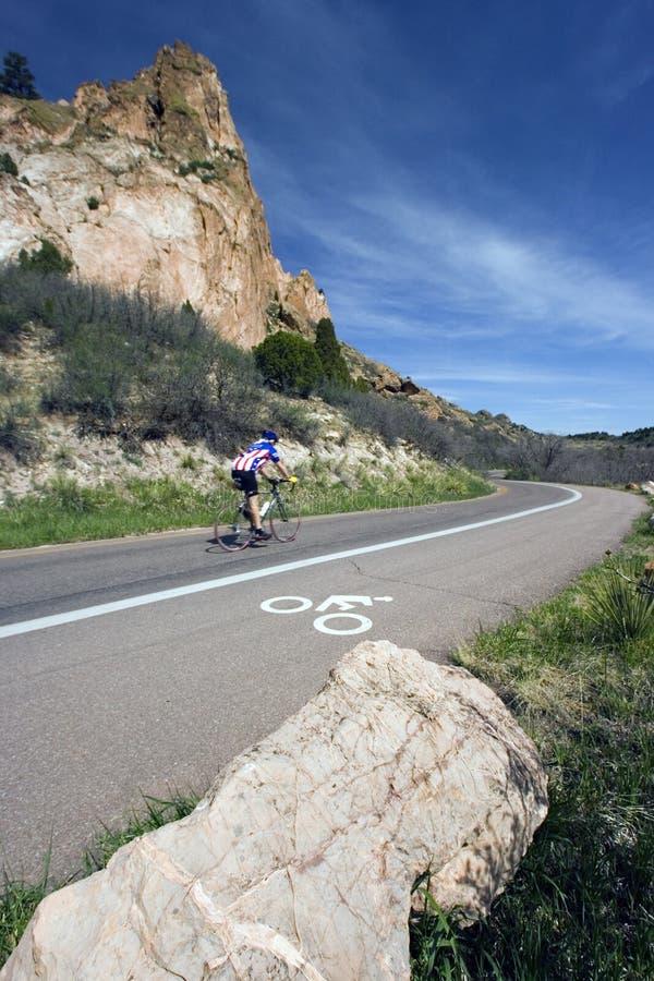 Morgon som cyklar i Colorado royaltyfria bilder