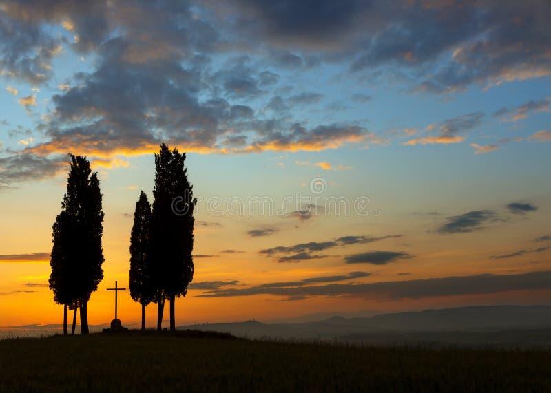 Morgonfärger i Tuscany royaltyfri fotografi