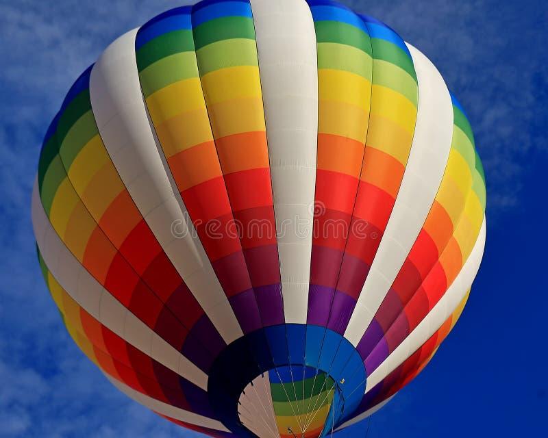 Morgonlansering av varmluftsballongen royaltyfria foton