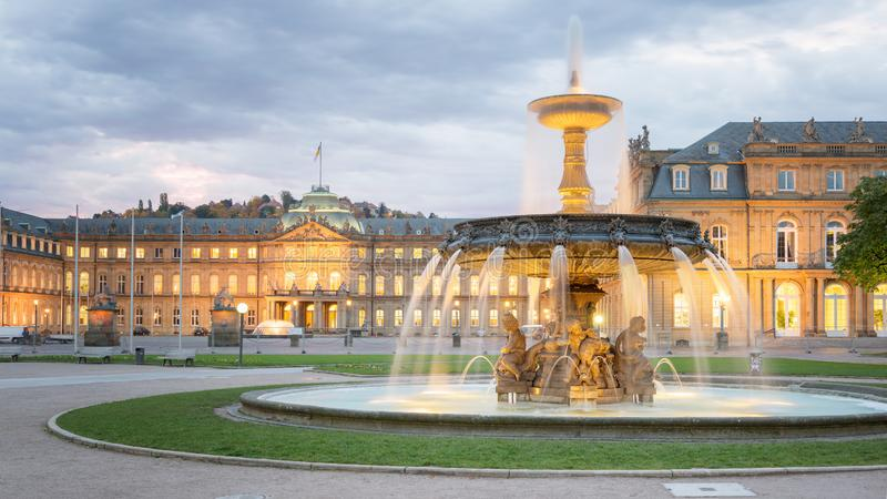Morgonsikt av Stuttgart - Tyskland fotografering för bildbyråer