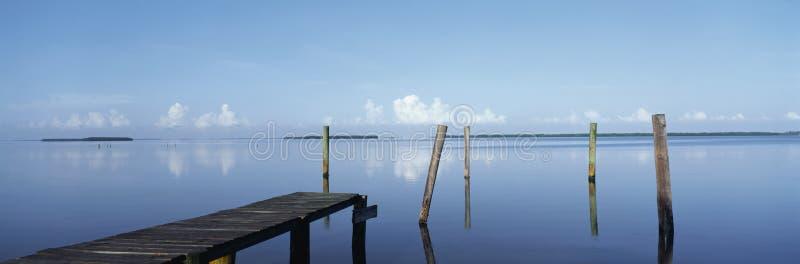 Morgonsikten av sörjer ön royaltyfria foton