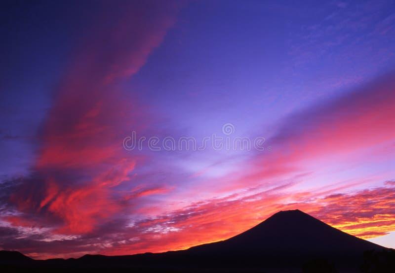 morgonsky för färger ii arkivbilder