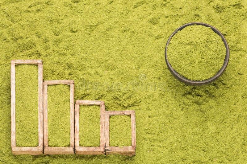 Moringa oleifera - tabella statistica della vendita e consumo di moringa Spazio del testo fotografia stock