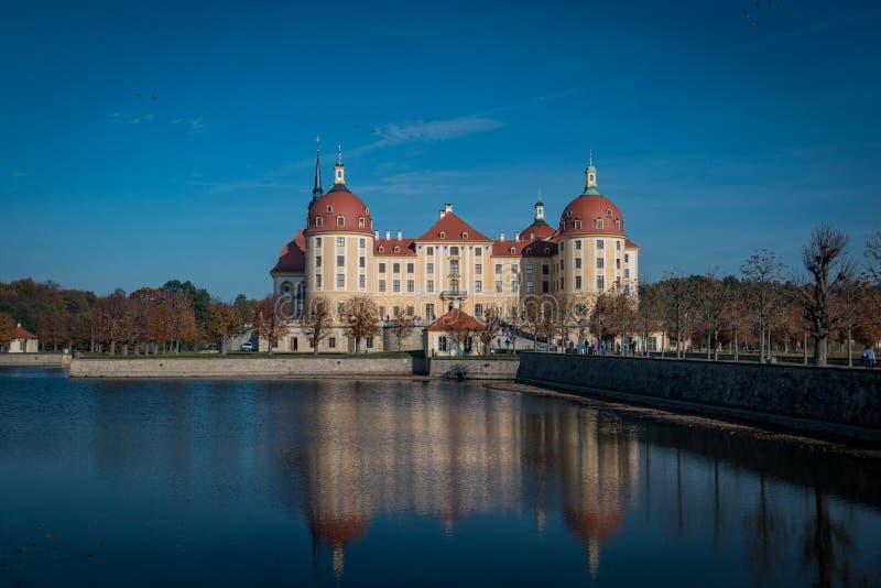 Moritzburg, Alemanha - 20 PTU, 2017: Visão geral do Castelo Moritzburg foto de stock