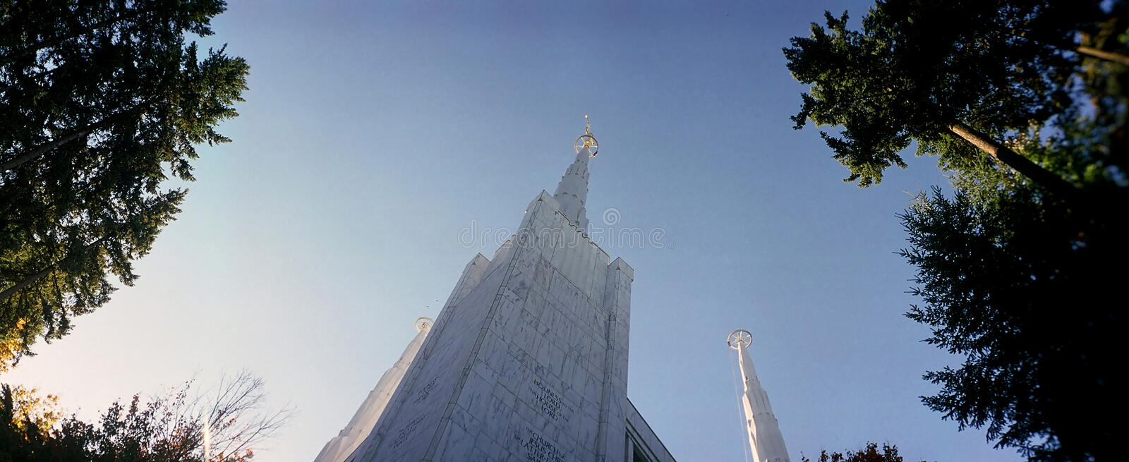 Mormon temple. Exterior of the Mormon temple in Lake Oswego (Portland, Oregon royalty free stock photos