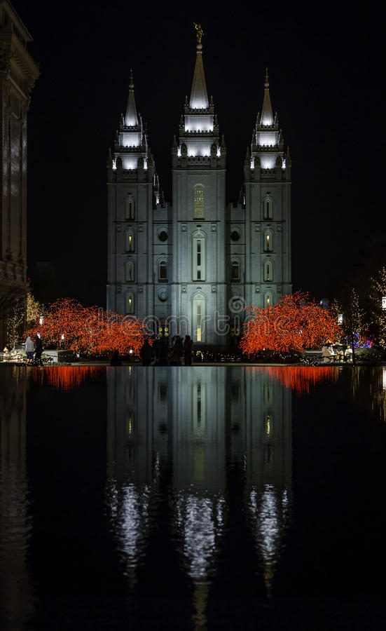 Mormon Temple Reflected On Water During Christmas stock photography