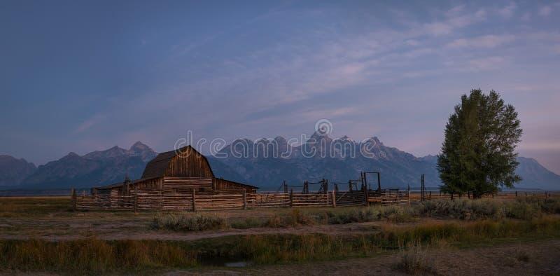 Mormonisches Reihen-Sonnenaufgang-Panorama stockfotografie