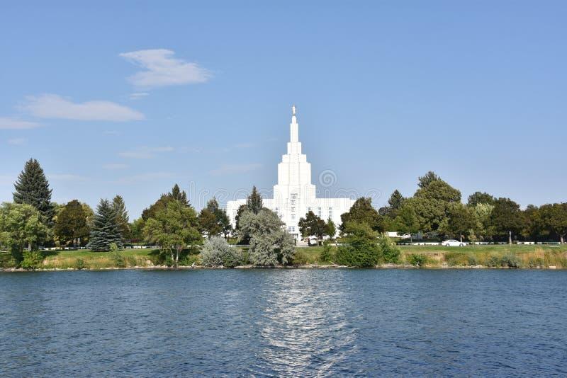 Mormontempel på Idaho nedgångar i Idaho royaltyfria foton