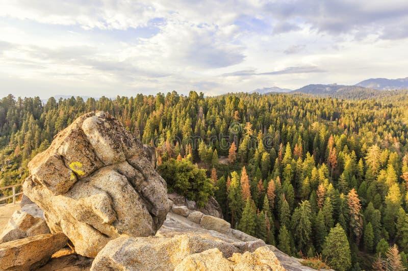 Moro Rocks Vista, U.S.A. immagine stock